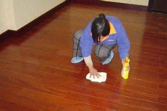 地板打蠟 (1)
